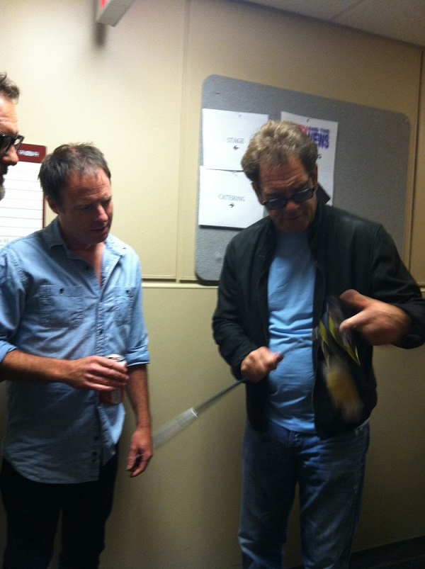 Huey Lewis rocker receiving Brex Golf BG-1 putter.